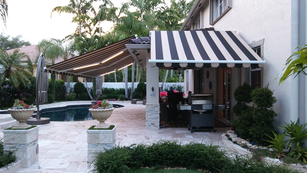"""26' X 11'6"""" And 9'6"""" X 8'3"""" Roof Mount With LED"""