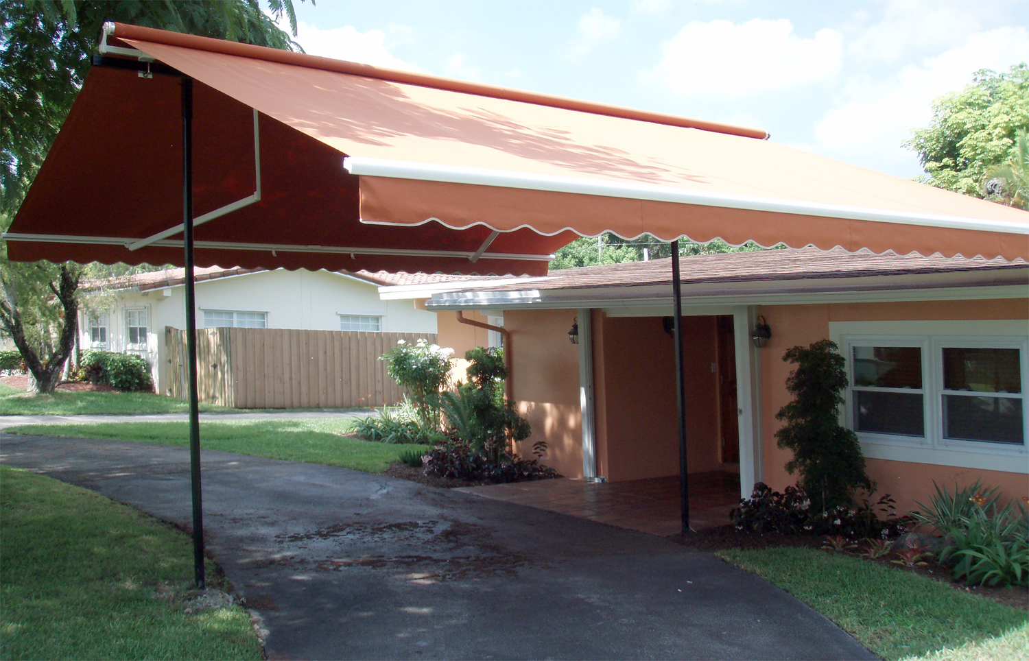 Butterffly Awning Over Driveway & Butterfly u0026 Roll Down Shades | Buzzman Awning Distributors