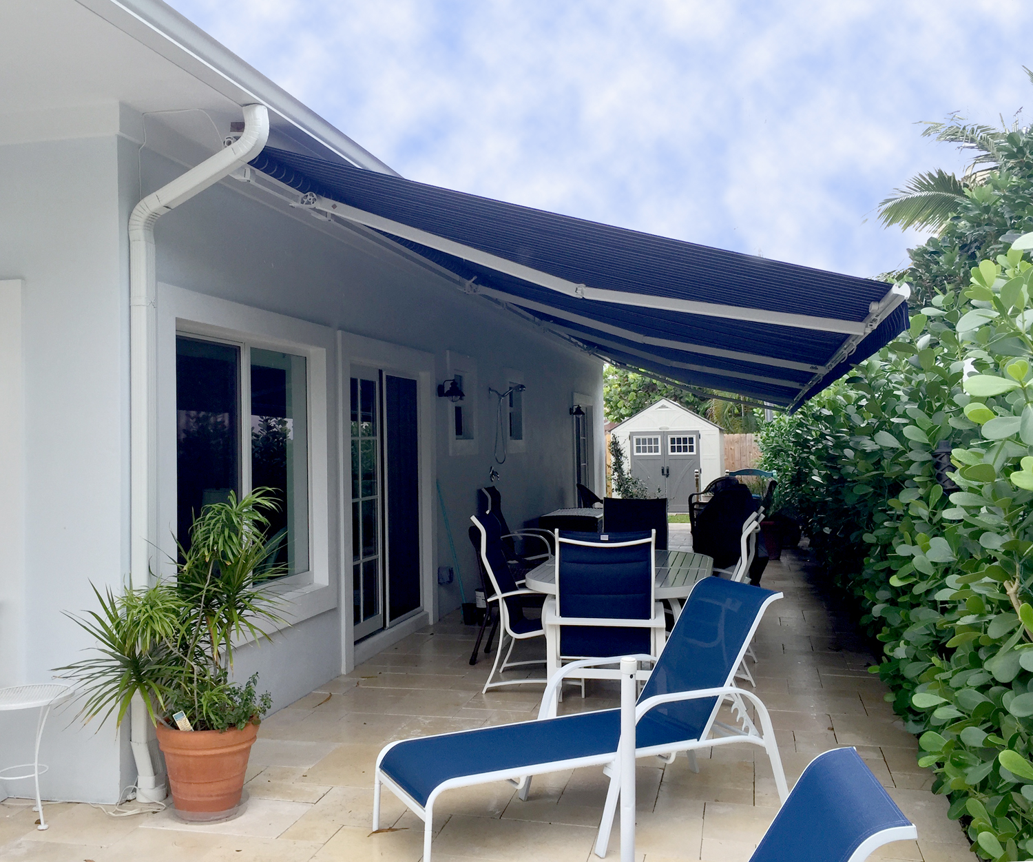 15 X 10 Retractable Awning