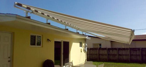 "24' x 11'6"" Roof Mount Awning"